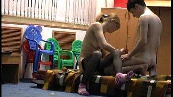Обнаженные дамы просят себя отодрать в жопы в разных позициях