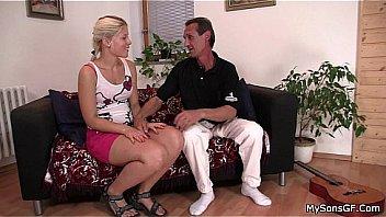 Бразильянка жарко трахается в анальную вульву